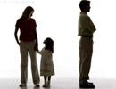 Khi ly hôn có được chia tài sản đứng tên bố chồng?